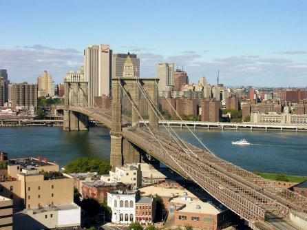 Brooklyn Bridge, East River